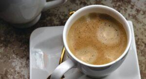 Como preparar café en el microondas sin cafetera